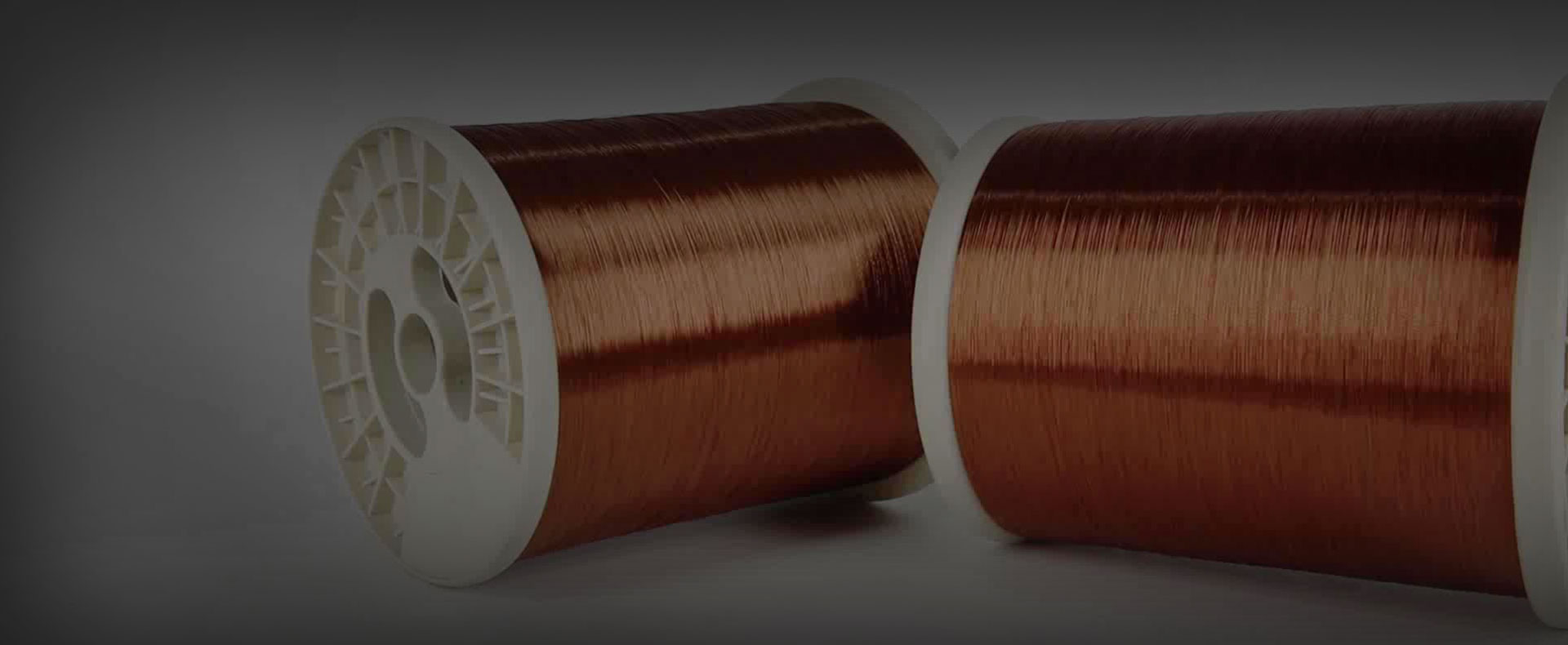 What are the advantages of cross-linked polyethylene cables and oil paper cables